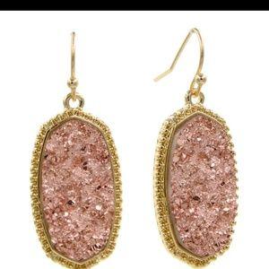 Jewelry - Earring druzy aguta earring